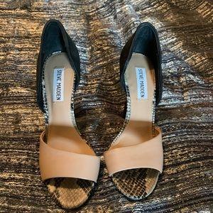 Steve Madden size 6M heels- never worn